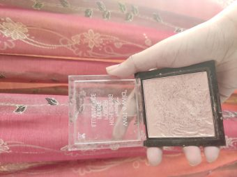 Wet N Wild Megaglo Highlighting Powder pic 1-Perfect product-By tania_khan