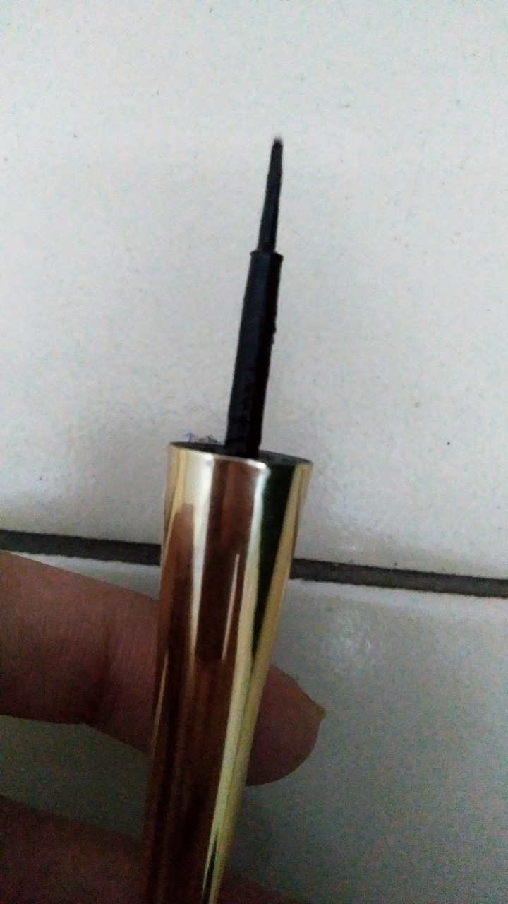 Lakme 9 To 5 Black Impact Eyeliner pic 3-Good for the price-By alia28