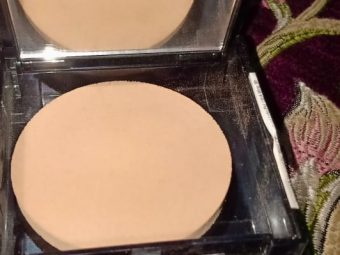 Maybelline Fit Me Matte And Poreless Powder pic 2-Best one-By alia28