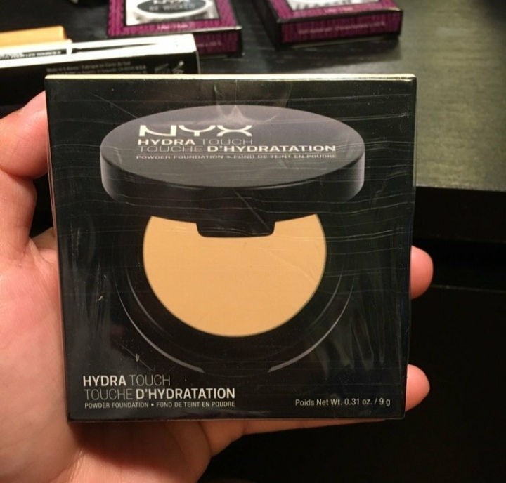 NYX Professional Makeup Hydra Touch Powder Foundation-Lightweight-By reema_rawat