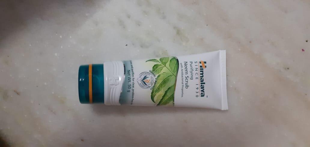 Himalaya Herbals Purifying Neem Scrub-Might be drying for sensitive skin-By hs_saduf