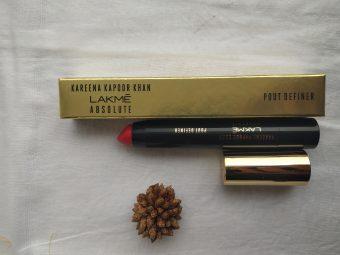 Lakme Kareena Kapoor Khan Absolute Pout Definer -Lipstick-By ritu_rajput