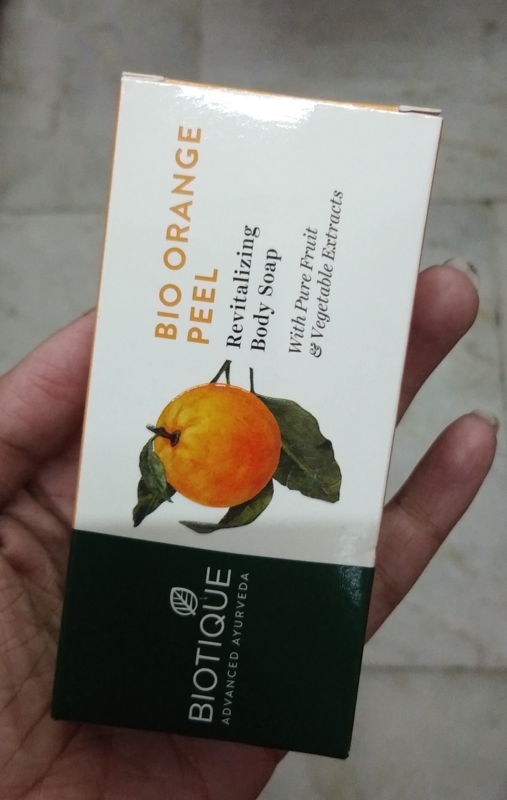 Biotique Bio Orange Peel Body Revitalizing Body Soap pic 1-A scrub soap-By Nasreen
