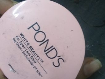 Ponds White Beauty Anti Spot Fairness SPF 15 Day Cream pic 1-Good for the price-By alia28