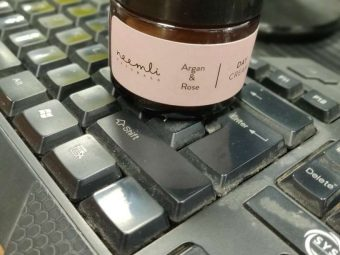 Neemli Naturals Argan & Rose Day Cream pic 1-Perfect for long office hours!-By arshiya_syeda