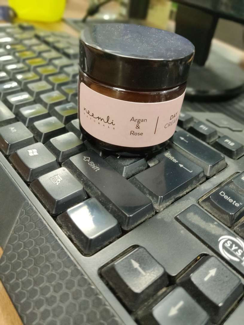 Neemli Naturals Argan & Rose Day Cream-Perfect for long office hours!-By arshiya_syeda-1