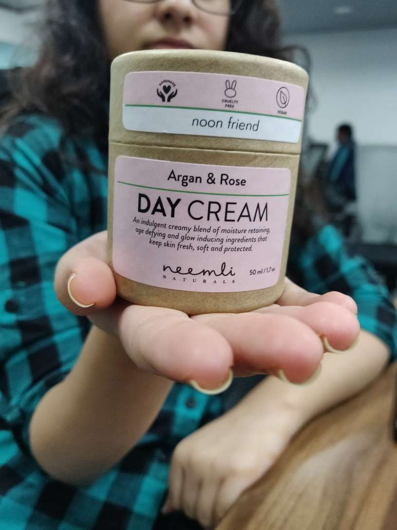 Neemli Naturals Argan & Rose Day Cream pic 2-Perfect for long office hours!-By arshiya_syeda