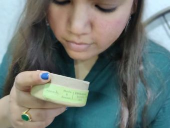 Neemli Naturals Matcha & Avocado Exfoliating Bathing Bar -I found this soap better than face washes for my skin!-By harshita14