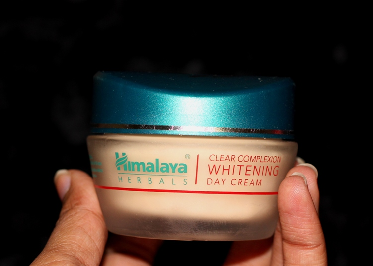 Himalaya Herbals Clear Complexion Whitening Day Cream-Fairness.-By simmi_haswani-7