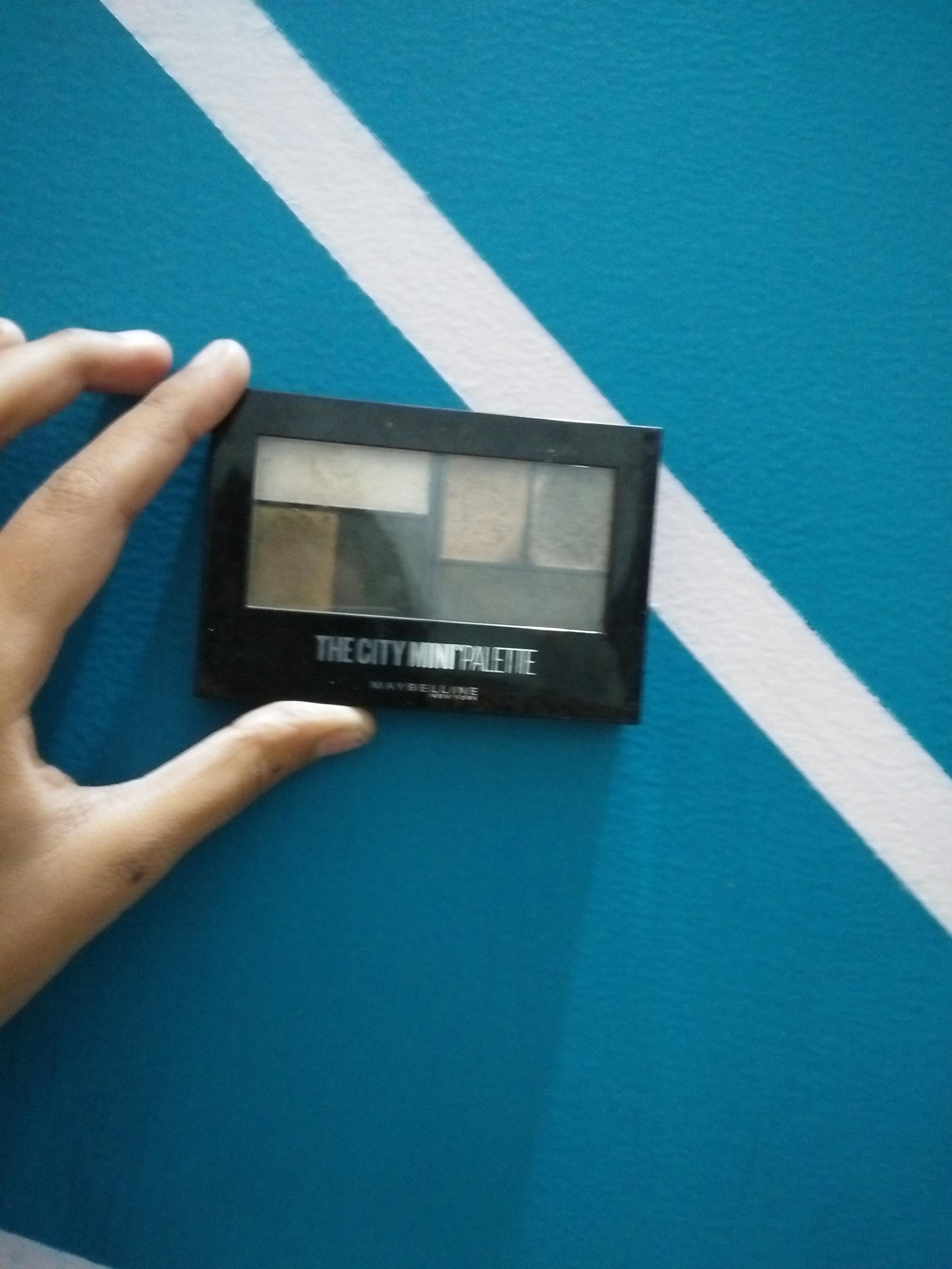 Maybelline New York City Mini Eyeshadow Palette -Lovely shades-By ariba