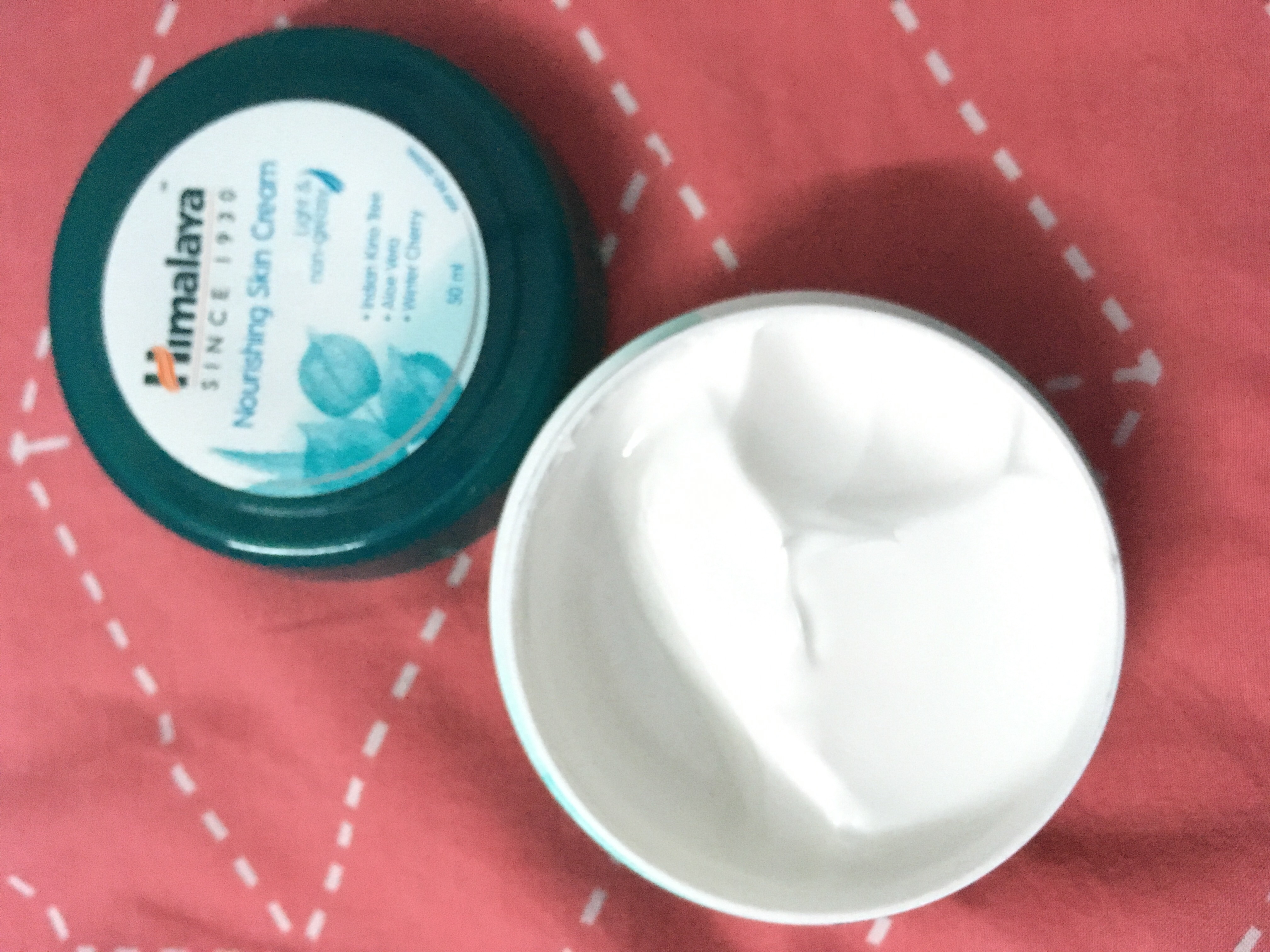Himalaya Herbals Nourishing Skin Cream pic 1-Herbal goodness-By sayanikarmakar