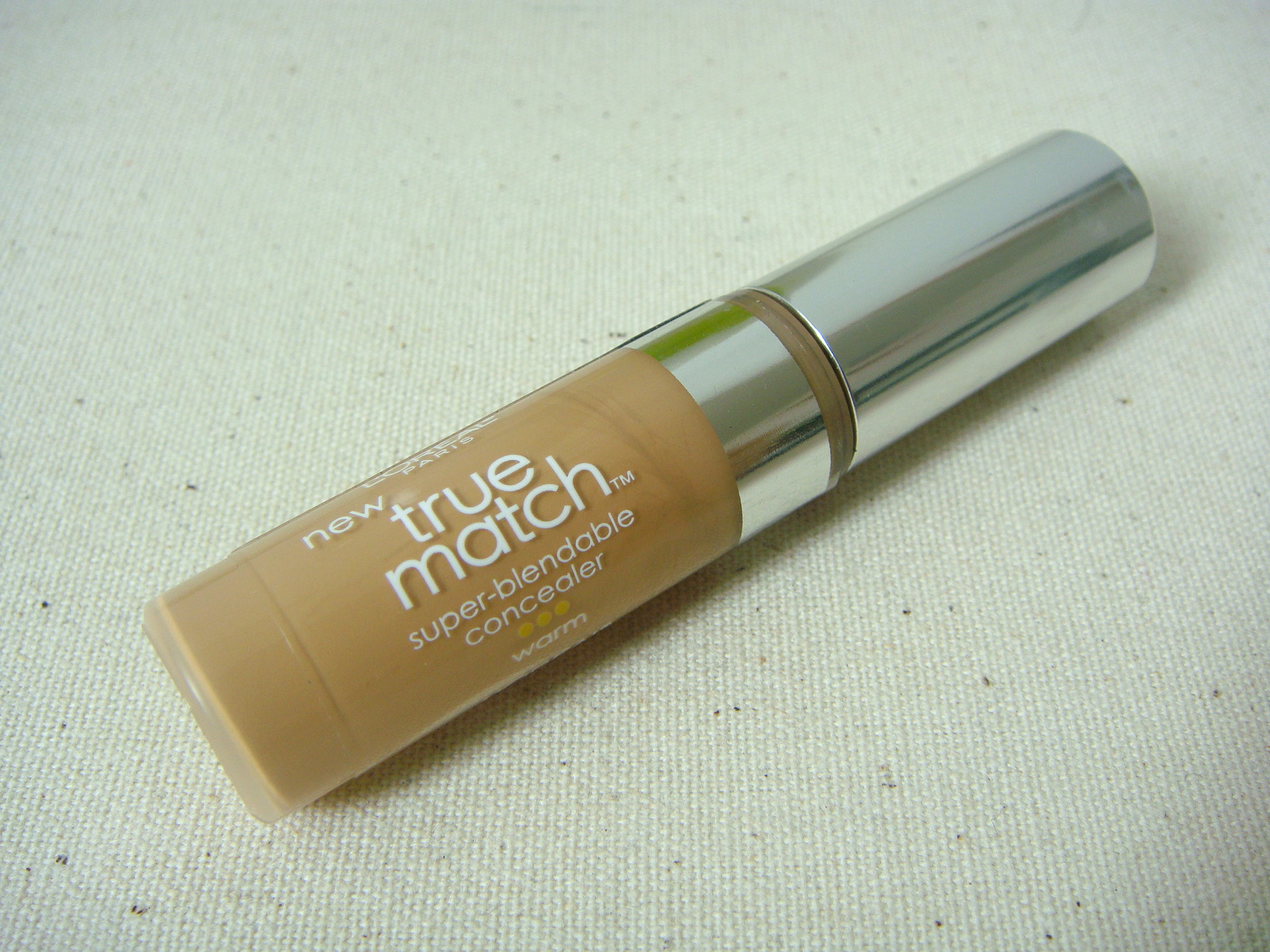 L'Oreal Paris True Match Concealer pic 13-Easy to blend.-By simmi_haswani