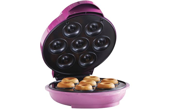 Brentwood TS-250 Mini Donut Maker Machine