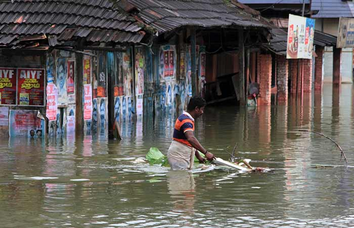 Helping Hand For The Flood Victims