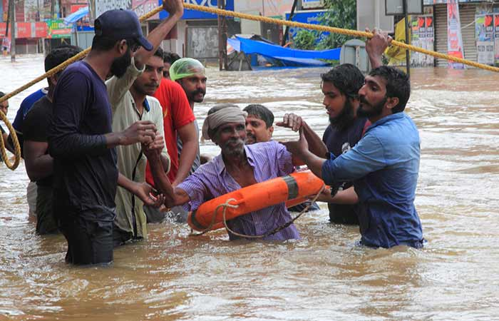 Helping Hand For The Flood Victims1