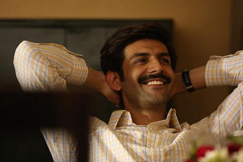 Pati Patni Aur Woh When Pati Cheats It's A Funny Movie But When Patni Cheats It's Not (4)