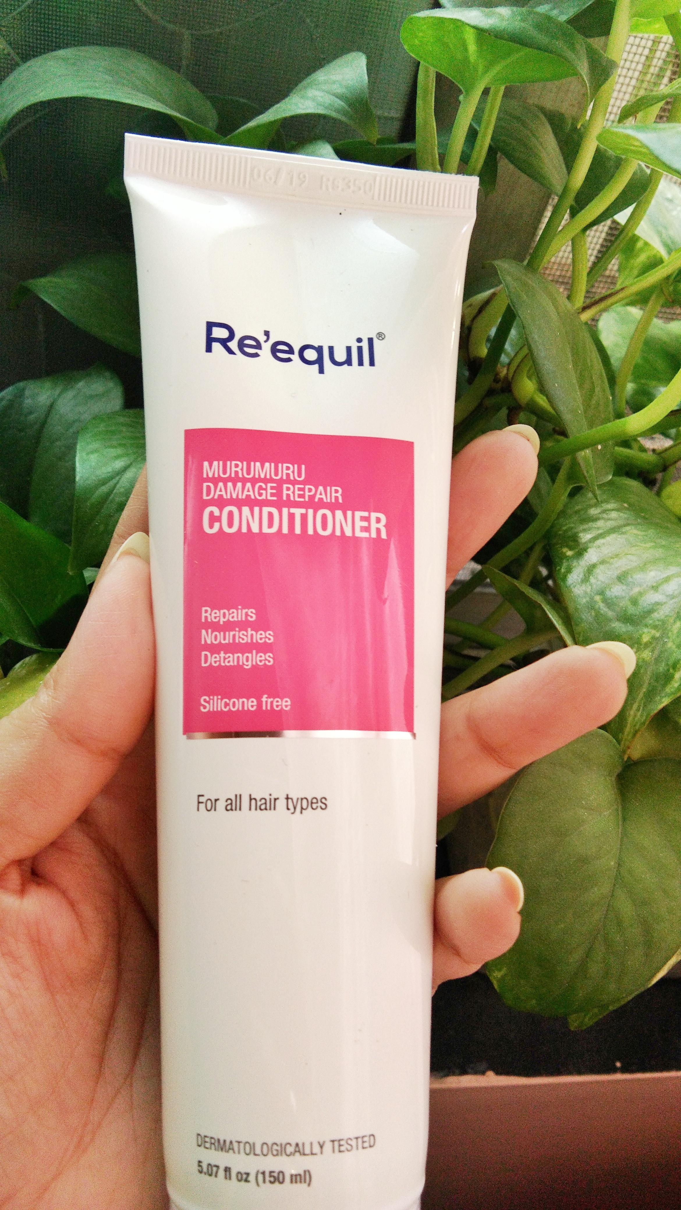 Re'equil Murumuru Damage Repair Conditioner-Helps reduce frizz and gives a shiny texture-By cinimol_nair