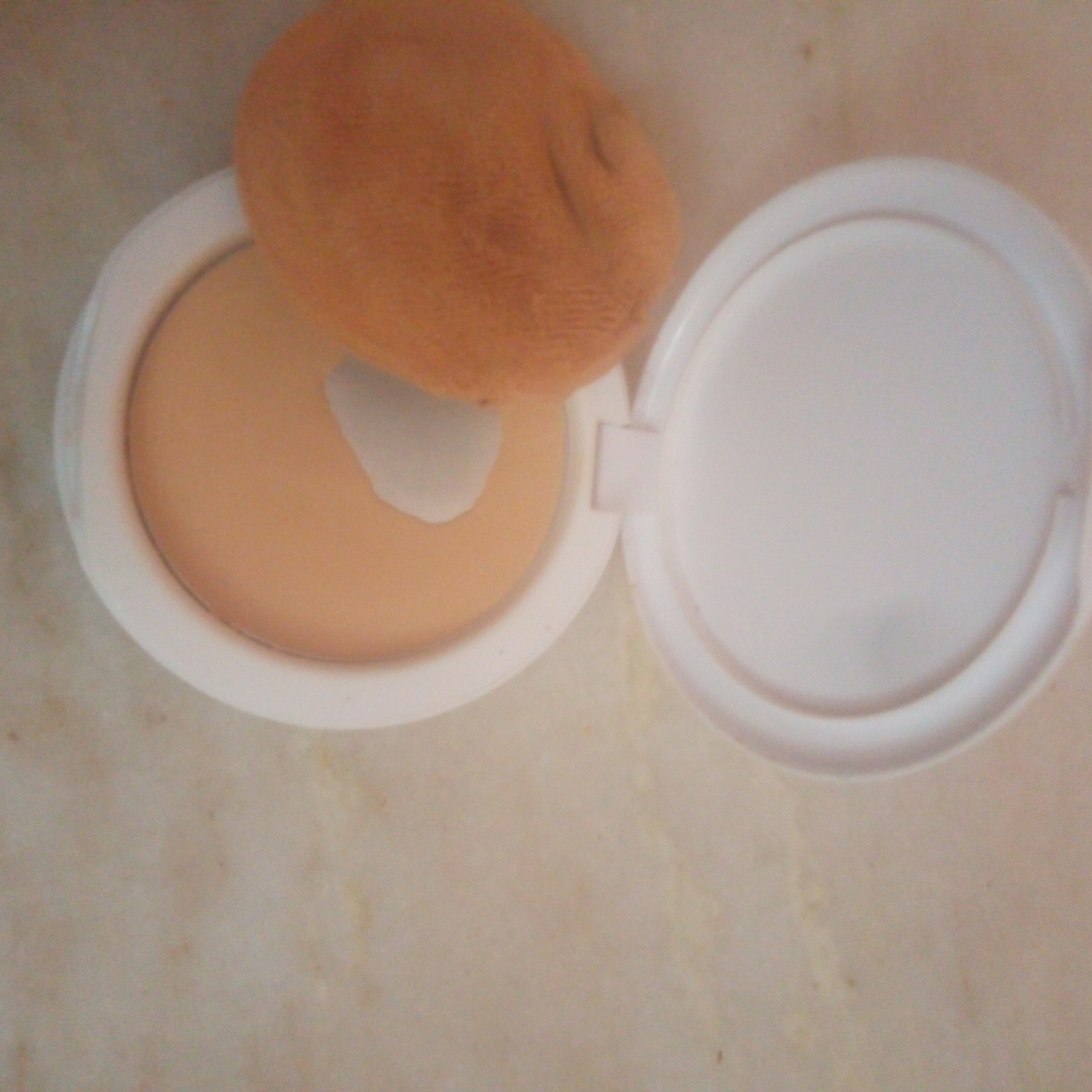 Lakme Perfect Radiance Compact-SPF is not enough-By hs_saduf