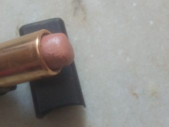 Bobbi Brown Lip Color -Color does not flake nor bleed-By hs_saduf