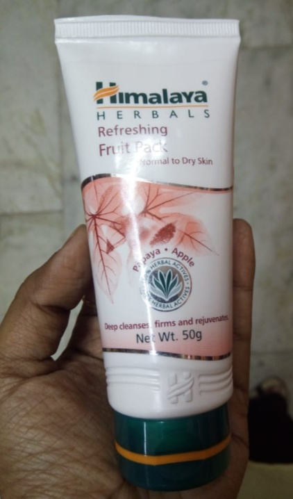 Himalaya Herbals Refreshing Fruit Pack pic 2-Works for me-By Nasreen