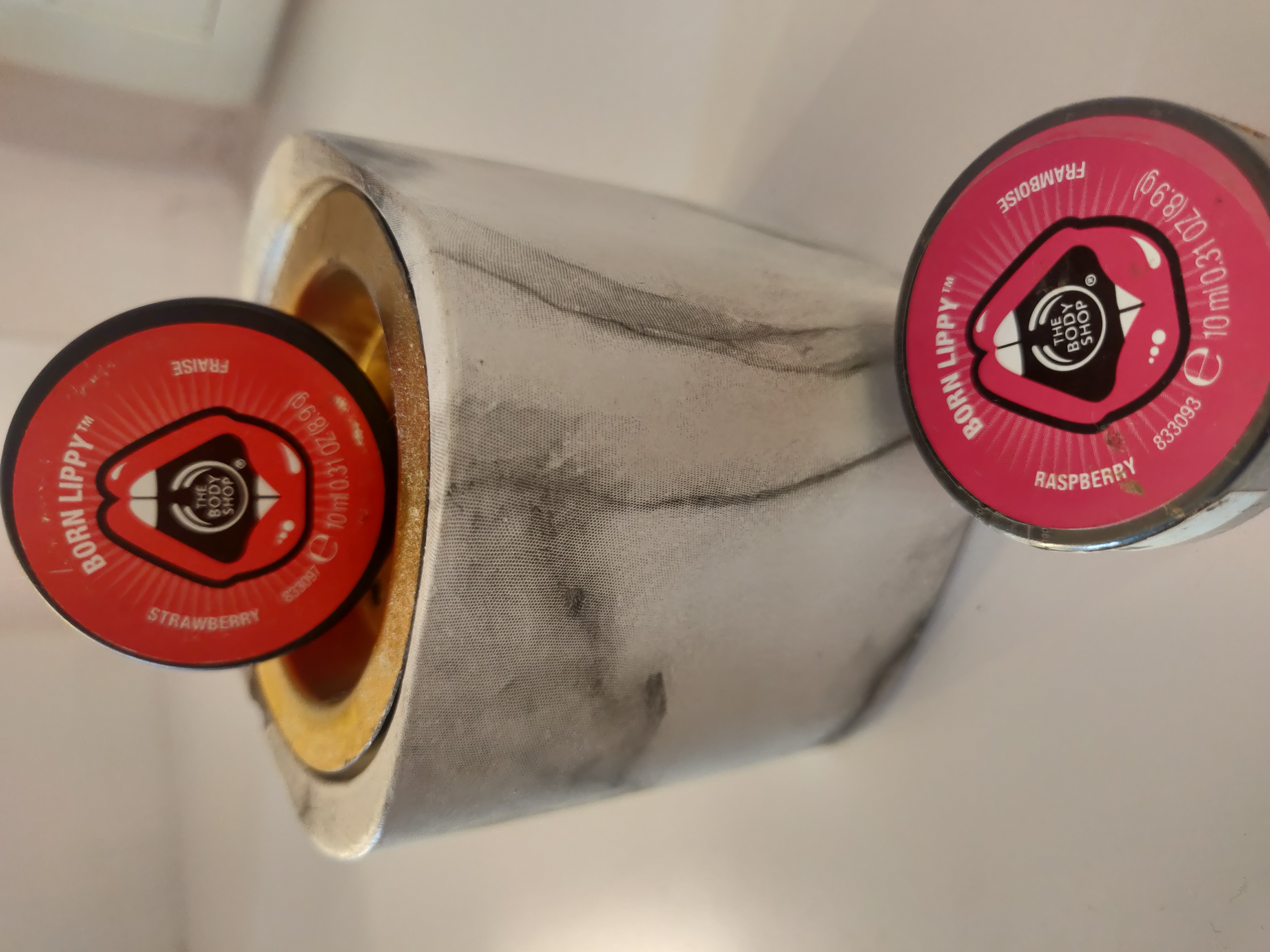 The Body Shop Born Lippy Pot Lip Balm Strawberry-Cult lip moisture in a pot-By apekshap