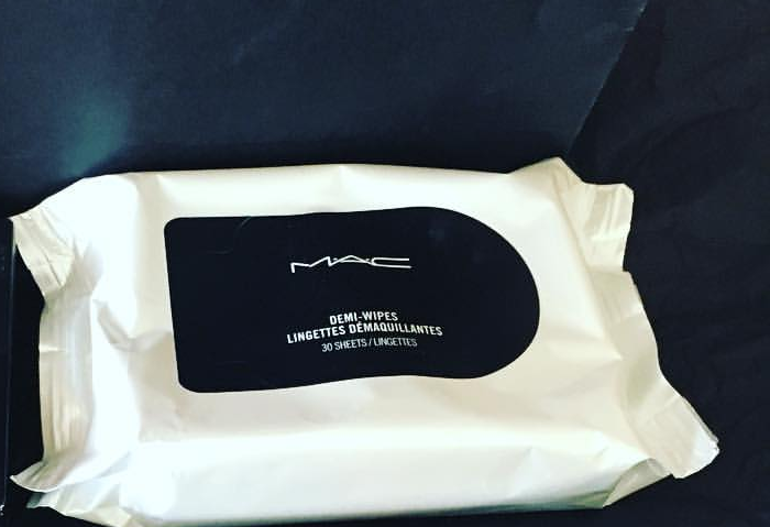 MAC Bulk Wipes -Good quality wipes but expensive-By ariba