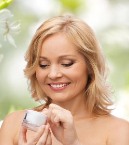 11 Best Face Creams For Wrinkles