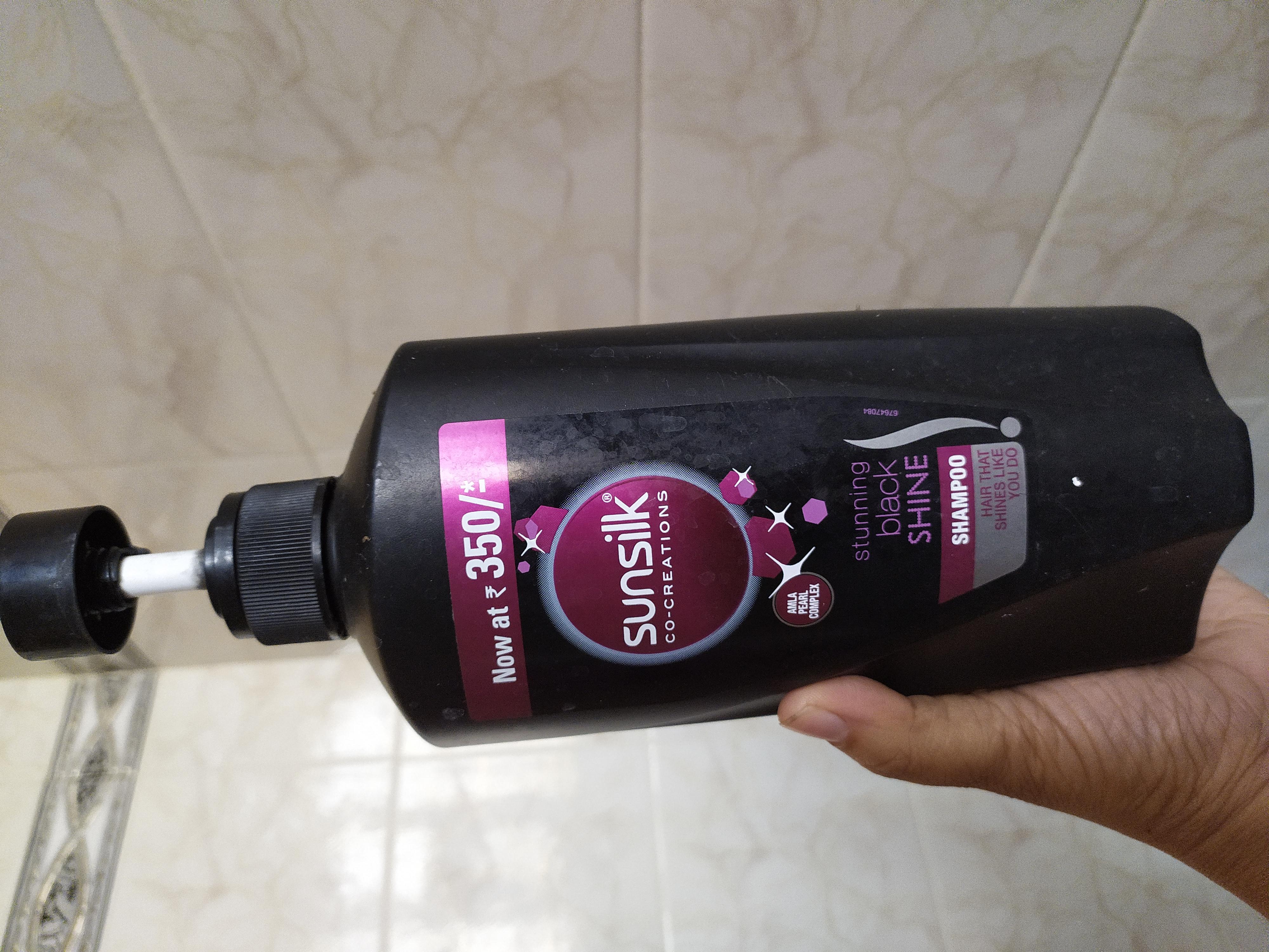 Sunsilk Stunning Black Shine Shampoo-Shiny and soft hair shampoo-By nidzzz
