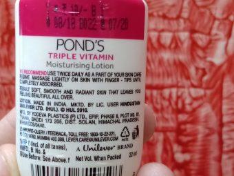 Pond's Triple Vitamin Moisturising Lotion pic 2-Wonderful moisturizer.-By innaya_jabin