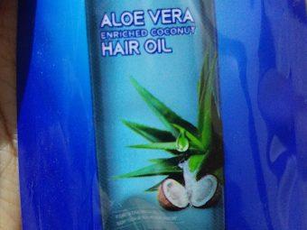 Parachute Advansed Aloe Vera Enriched Coconut Hair Oil -Aloe vera in coconut oil-By lilgirl27