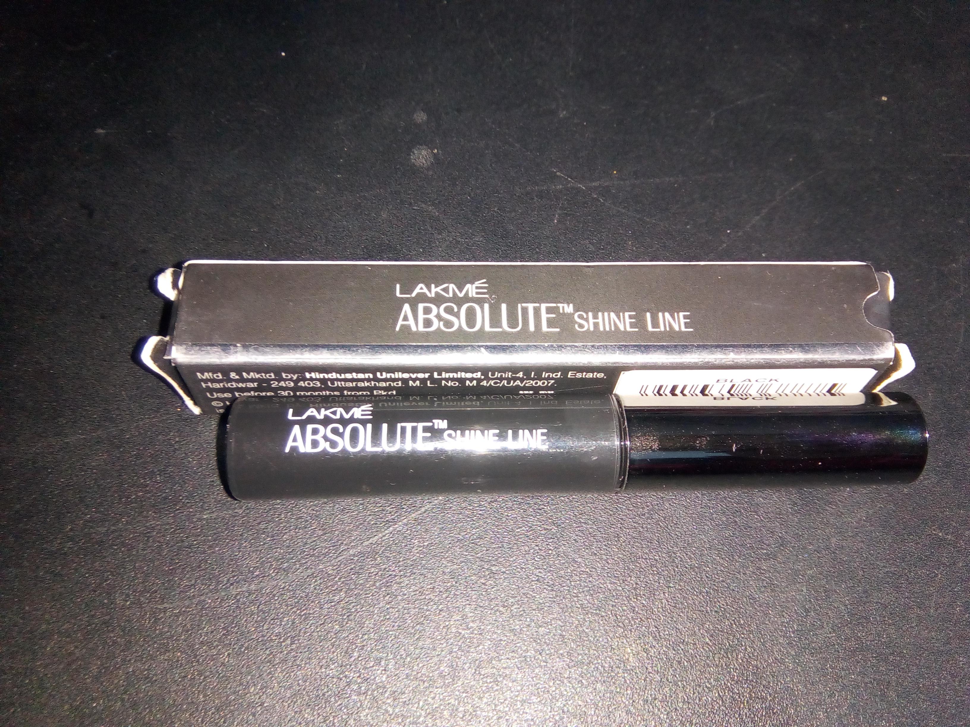 Lakme Absolute Shine Liquid Eyeliner-Liquid eyeliner-By aneesha