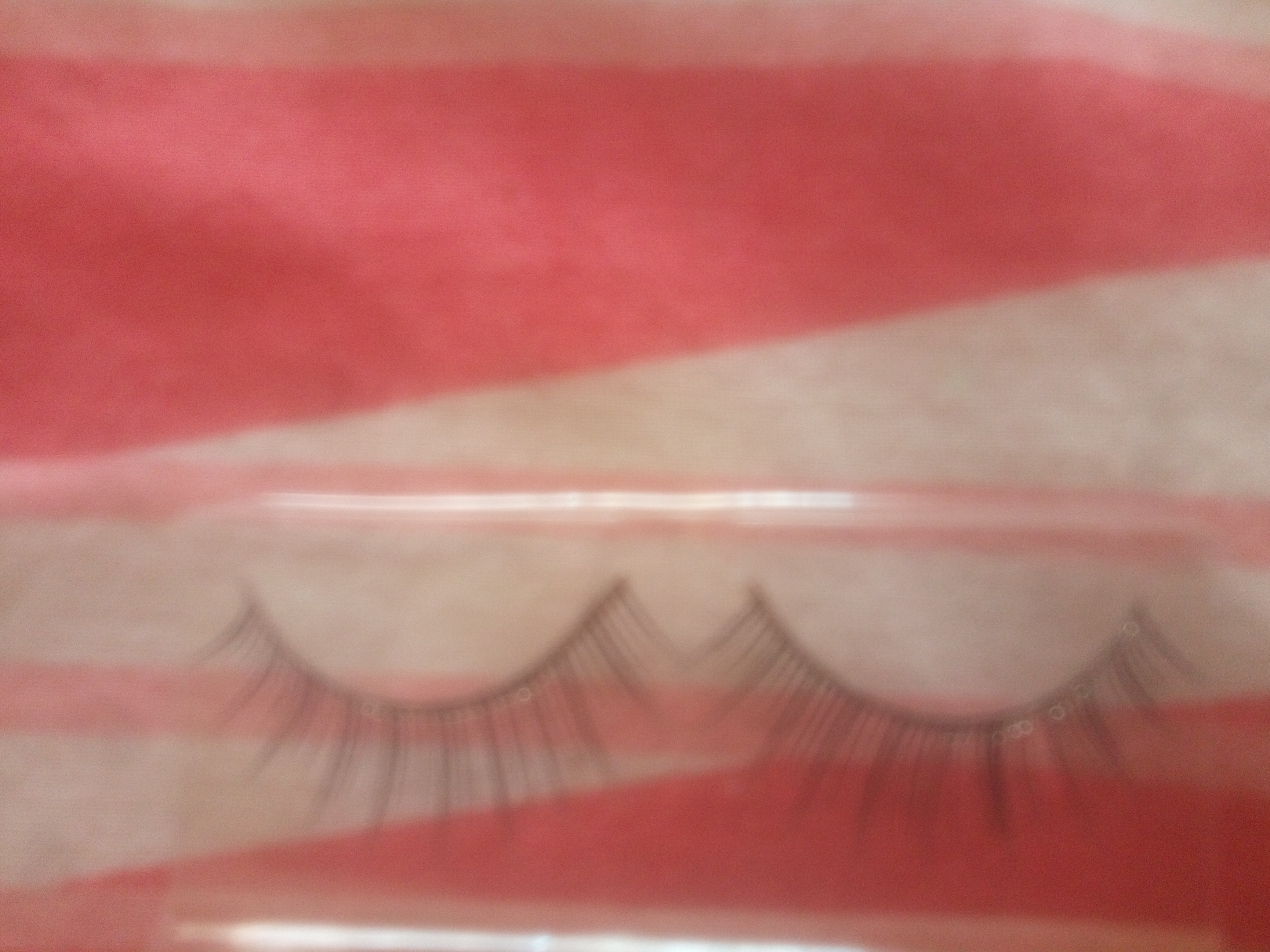 MAC 36 Lash-Naturally angled lashes-By pixie