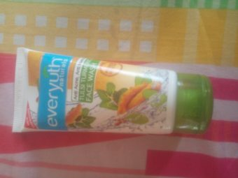 Everyuth Tulsi Turmeric Face Wash -Not for dry skin-By pixie
