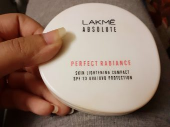 Lakme Perfect Radiance Compact -A compact within range-By madhurima7