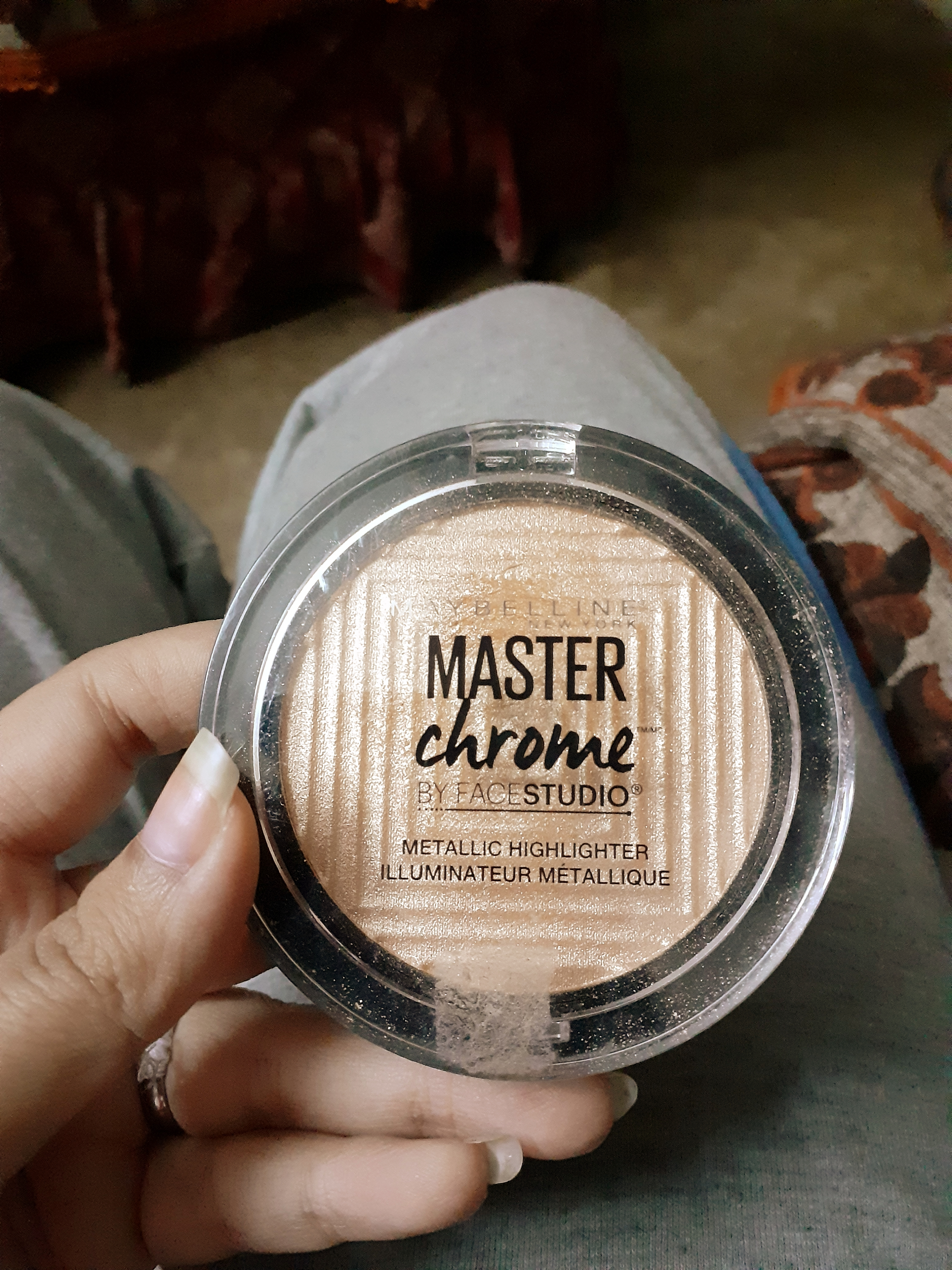 Maybelline Facestudio Master Chrome Metallic Highlighter -The best highlighter-By madhurima7