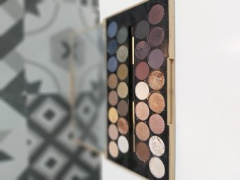 Makeup Revolution Fortune Favours The Brave 30 Eyeshadow Palette pic 1-Great shimmer shades. Value for money-By dania