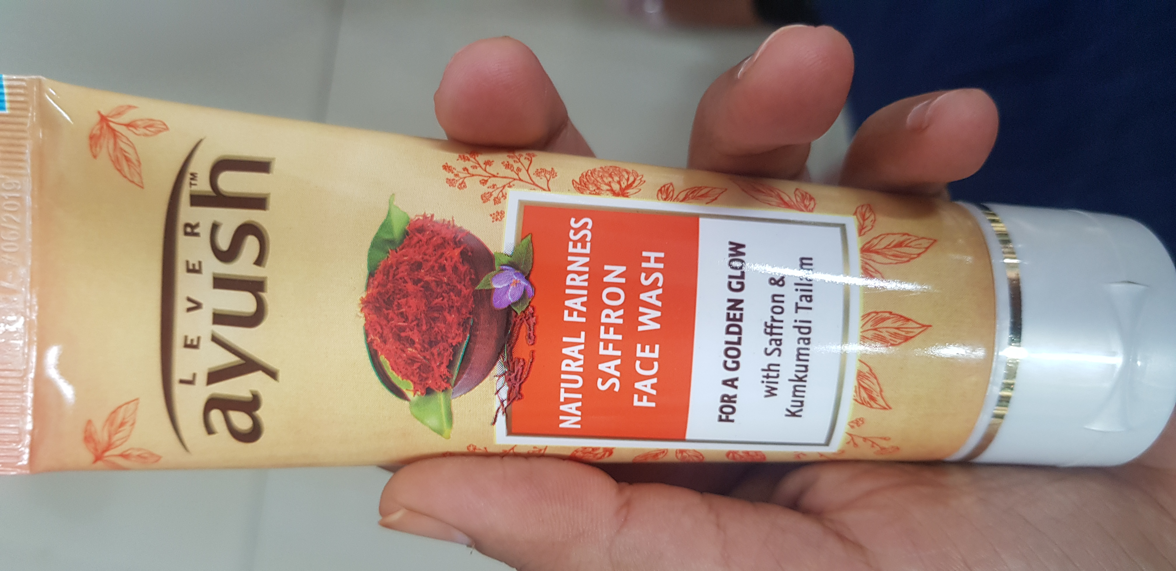 Lever Ayush Natural Fairness Saffron Face Wash -Goodness of Saffron-By avyuktha