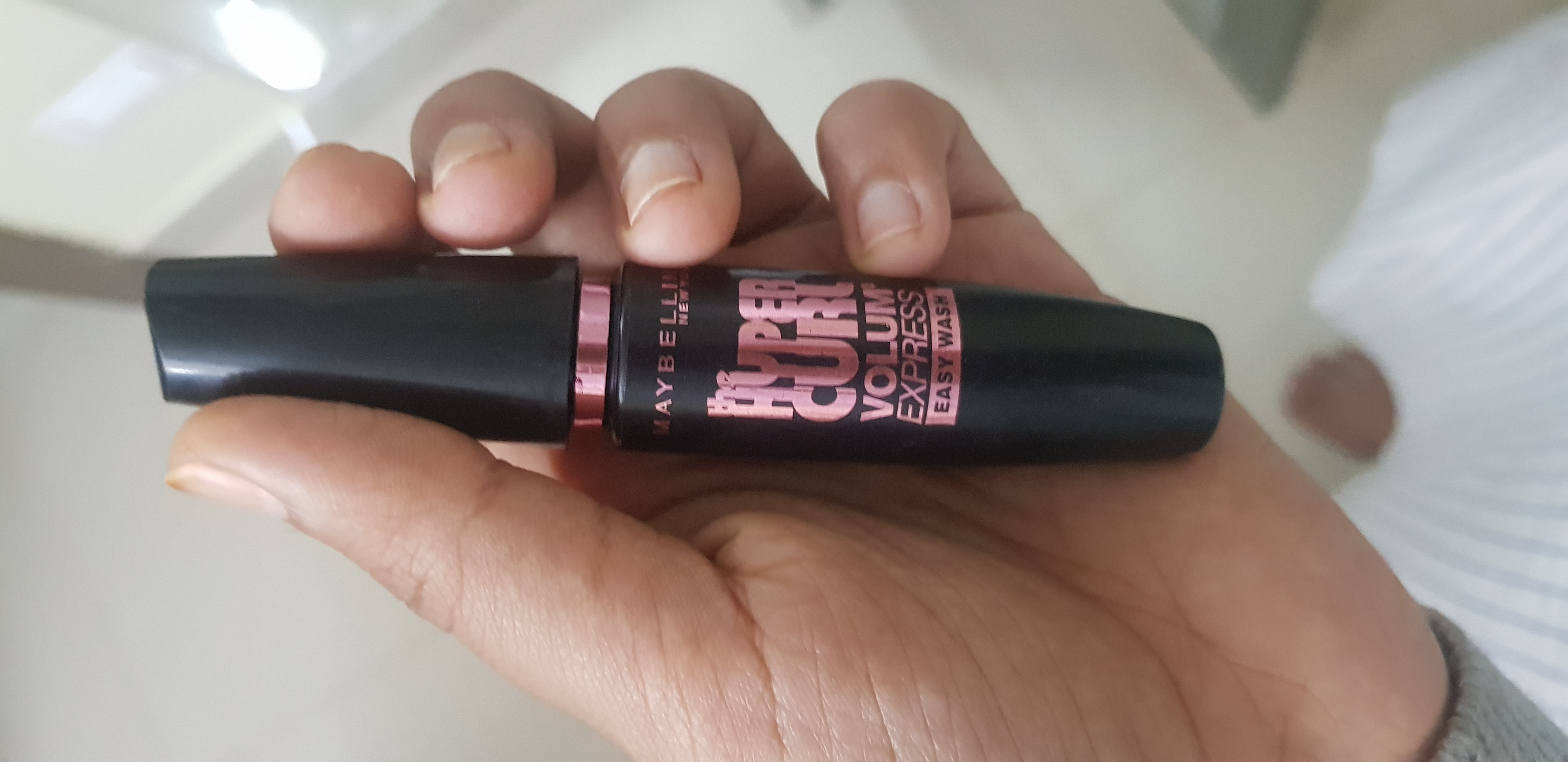 Maybelline New York Volum' Express The Falsies Washable Mascara-Mascara-By avyuktha