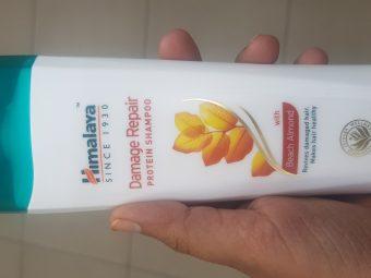 Himalaya Herbals Damage Repair Protein Shampoo -Chickpea shampoo-By avyuktha