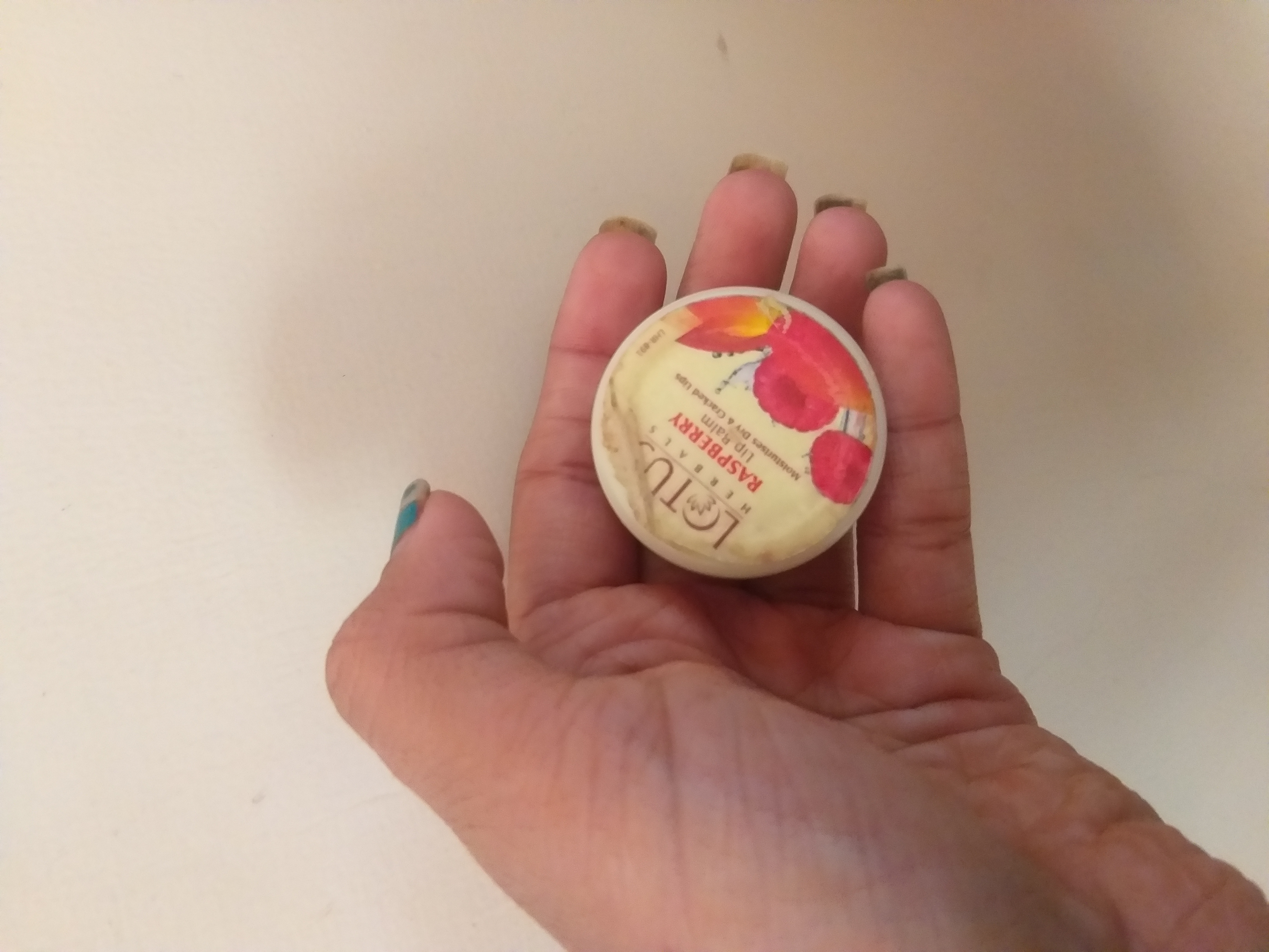 Lotus Herbals Strawberry Lip Balm-Nourishes and repaires chapped lips-By hinap