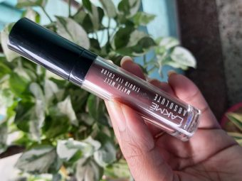 Lakme Absolute Matte Melt Liquid Lip Color pic 2-Comfortable matte liquid lipstick-By papri_ganguly