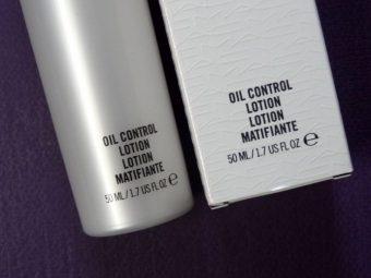 MAC Oil Control Lotion pic 4-Matte finish.-By simmi_haswani