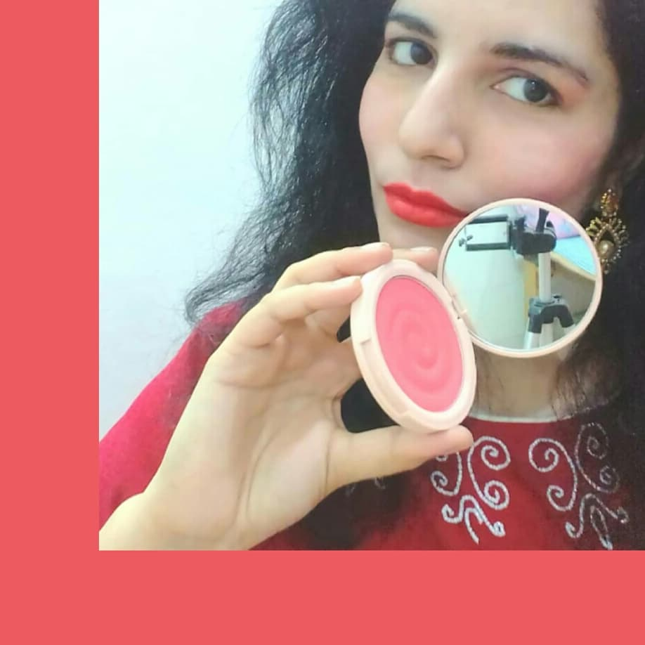 MyGlamm K.PLAY FLAVOURED BLUSH – SWEET PEACH-Highly pigmented raspberry blush that comes in a stylish compact case-By happiehippie-1