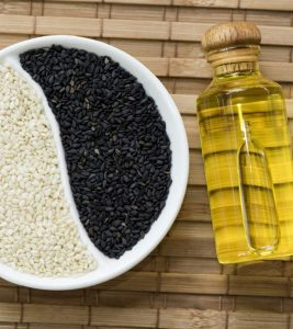 Sesame Oil Benefits, Uses and Side Effects in Hindi
