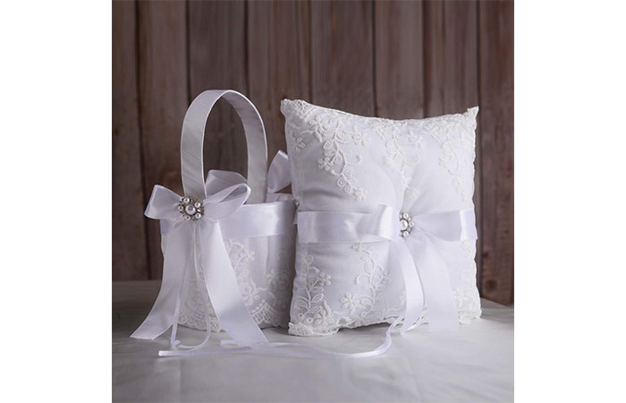 TRUE LOVE GIFT Ring Bearer Pillow And Wedding Flower Girl Basket Set