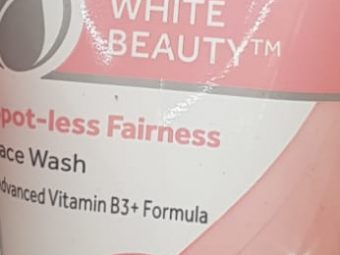 Pond's White Beauty Daily Spotless Lightening Face Wash -Affordable facewash-By avyuktha
