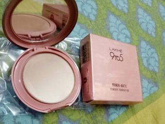 Lakme 9 To 5 Primer + Matte Powder Foundation Compact -Amazing quality-By marlyn.mansion