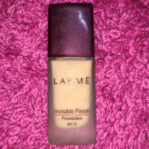 Lakme Invisible Finish Foundation -NOT WORTH THE AMOUNT!!-By aishwaryaaaa