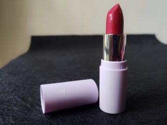 MyGlamm K.PLAY FLAVOURED LIPSTICK – BLUEBERRY RUSH pic 1-Amazing strong lipstick shade and lovely scent !!-By shweta_kadam