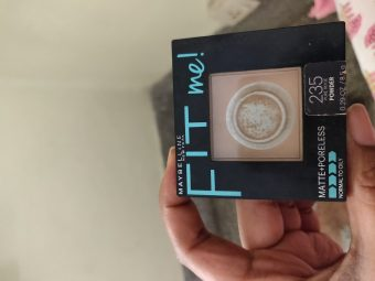 Maybelline Fit Me Matte And Poreless Powder -Affordable compact-By pooja_saboo